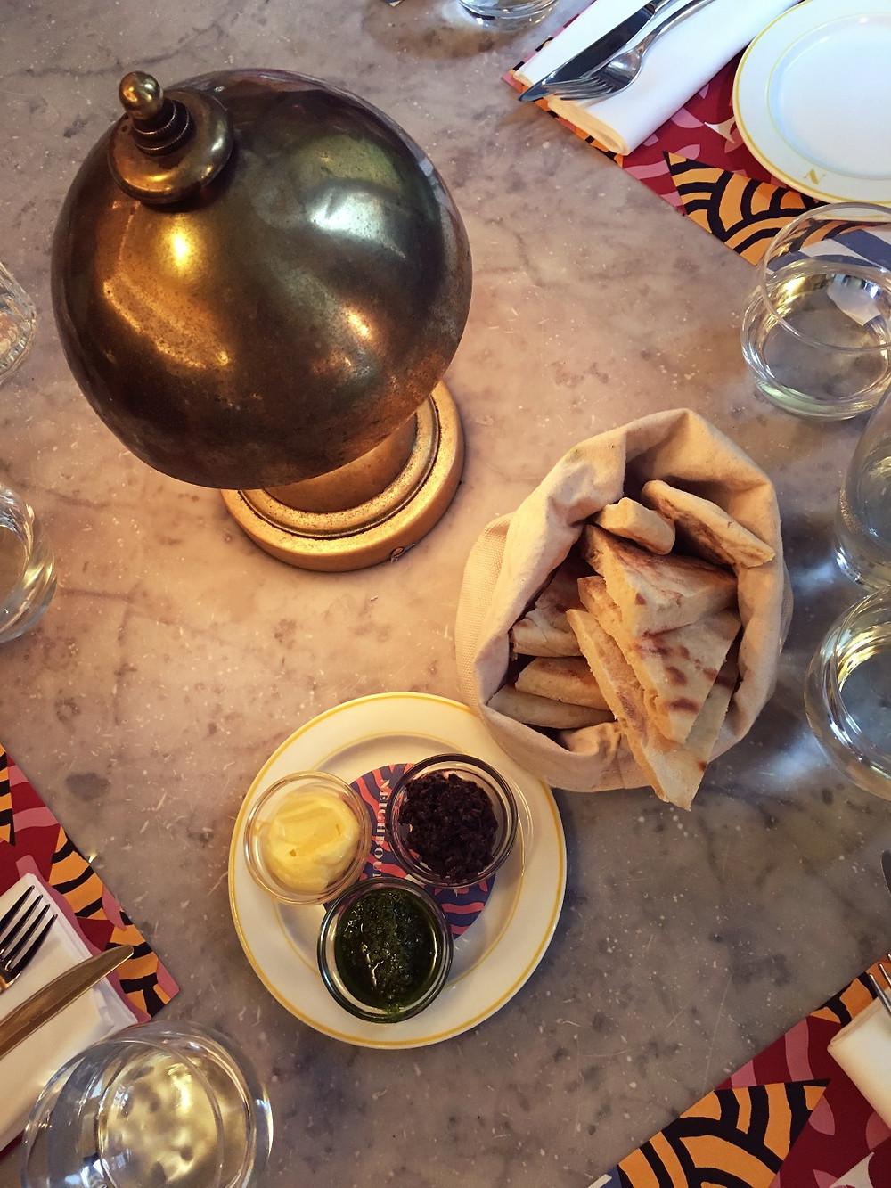 Hummus olive bread