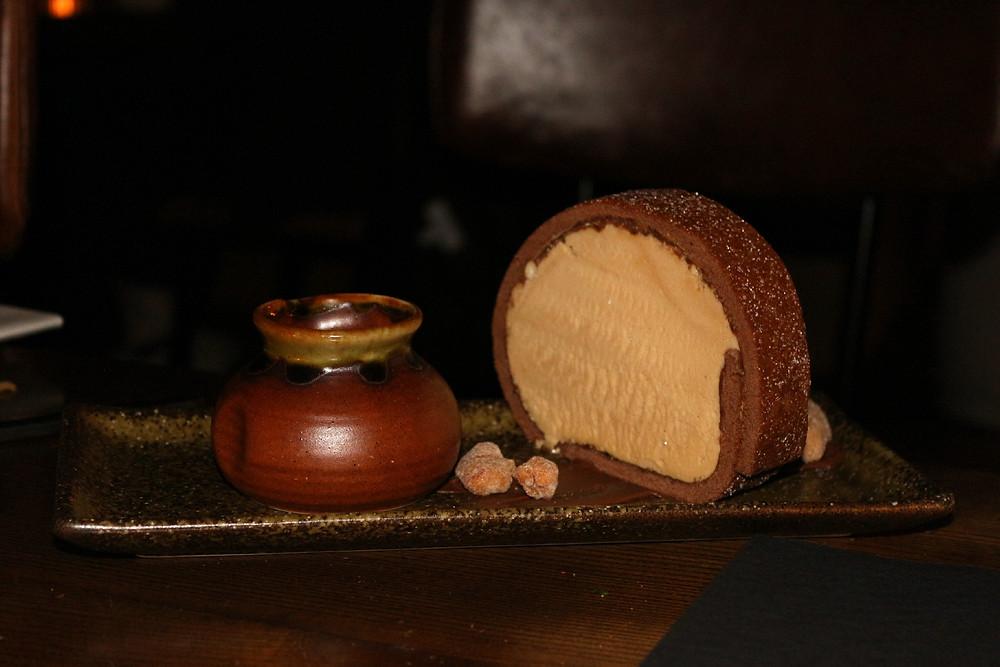 Peanut roll