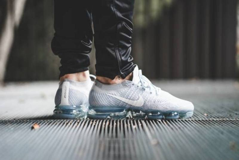 Nike Vapor Max street trainers