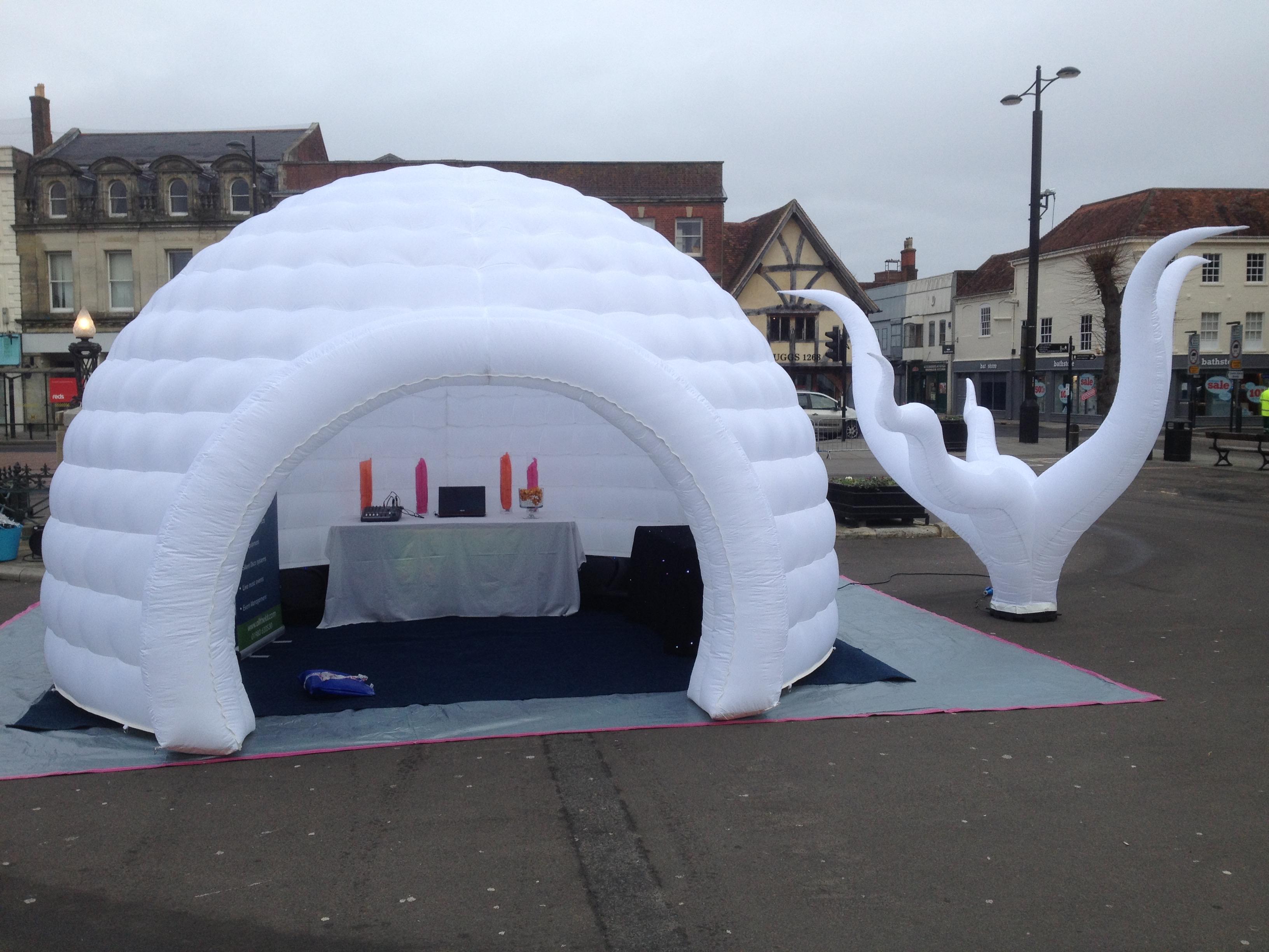 5m Igloo in Salisbury Market place