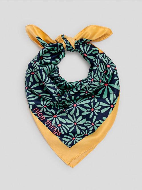 Daisies scarf