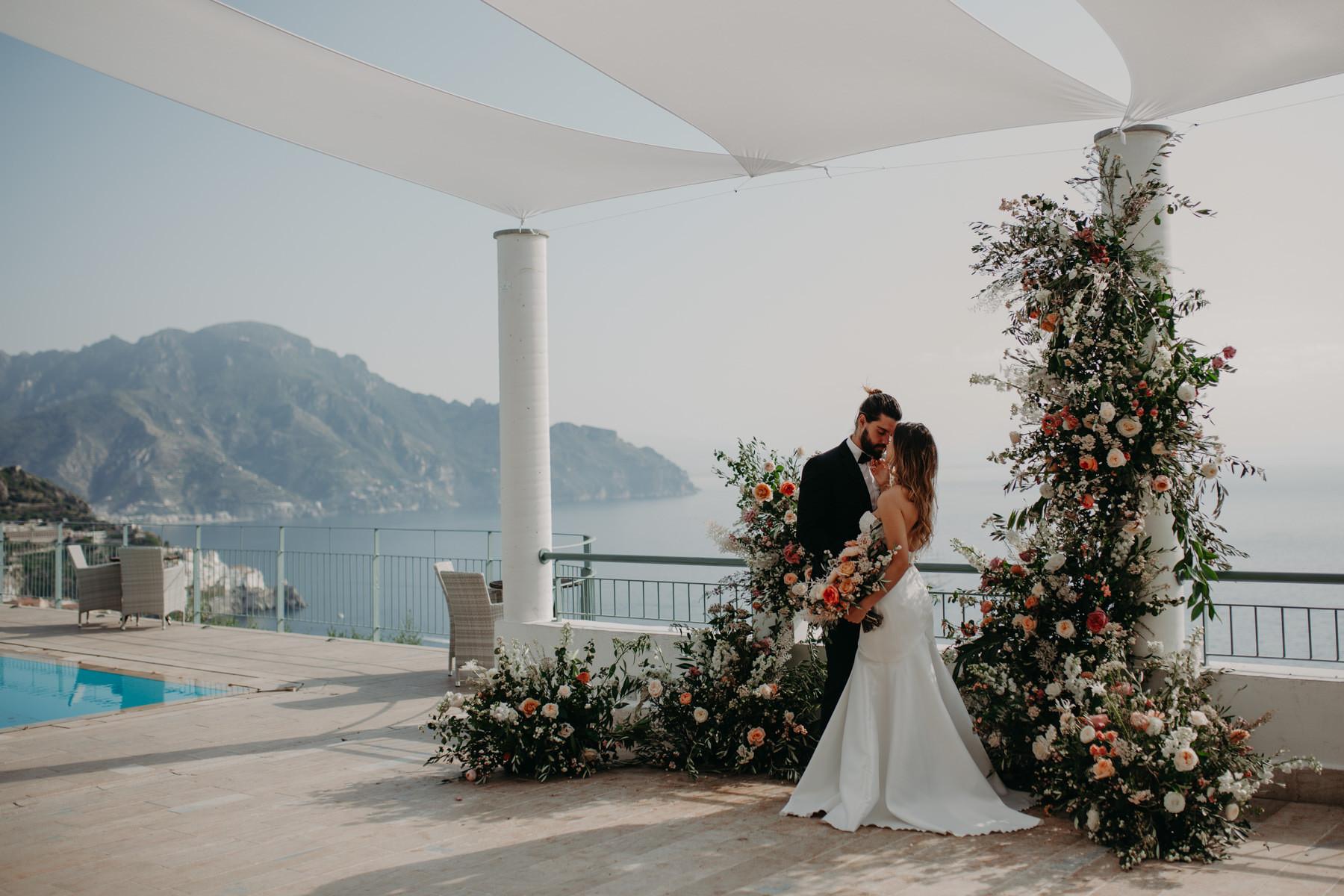 Italy Wedding Elopement pool Sea
