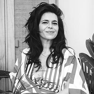 Renata Abranchs.png
