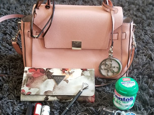 My Handbag Essentials+ Perks and Tips for Switching Purses Often