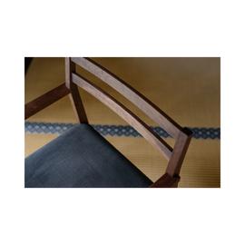 お袋の椅子 by Naomi Toda