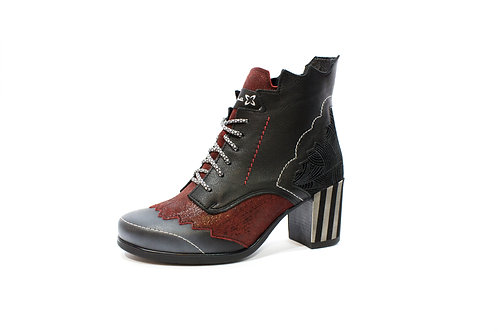 #09 Maciejka Women's Boot