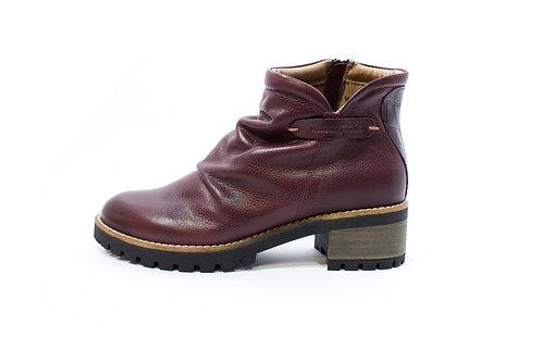#021 WandaPanda Women's Shoe