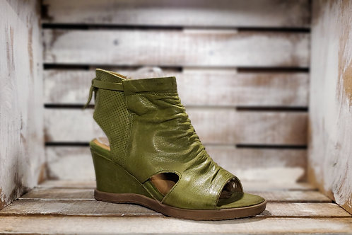 #616 MJUS Women's Open Toe Cactus Leather Wedge