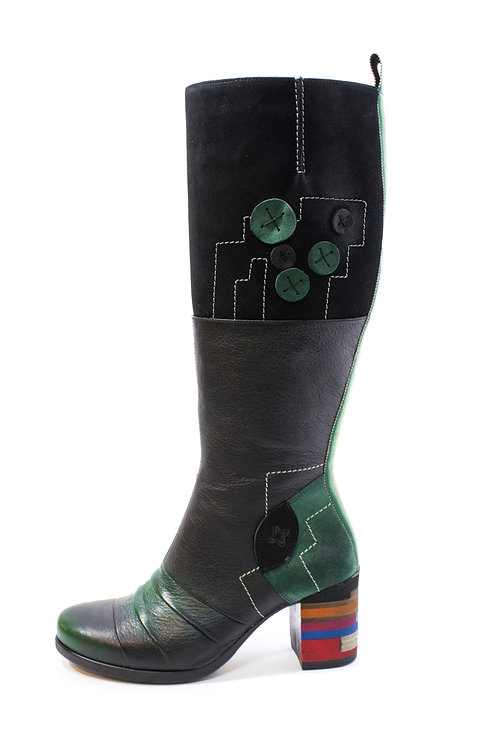 #02 Maciejka Women's Boot