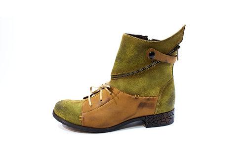 #08 Maciejka Women's Boot