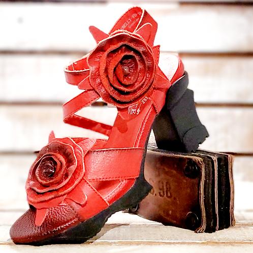 #121 L'Artiste Women's Block Heel Sandal