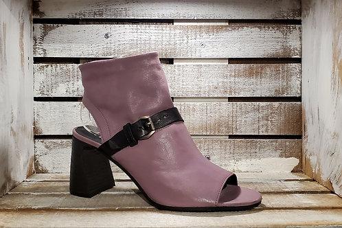 Lavender#552 Red#578 w/Black Strap Bootie Sandal