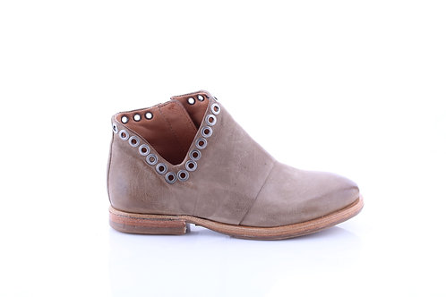 Africa# Ginger# Cut-out Ankle Boot w/ Gramout Detail
