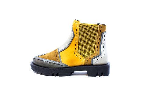 #03 Maciejka Women's Boot