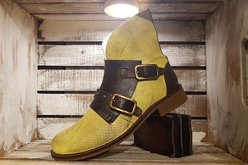 #21 Women's Washed Yellow Boot