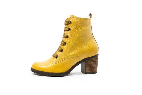 #022 WandaPanda Women's Heel Boot