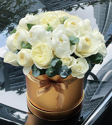 Austin Roses & Peonies Box