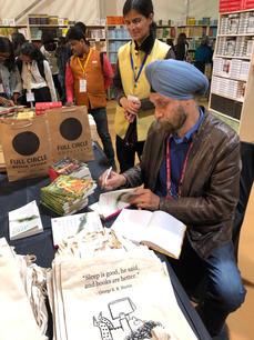 Book Signing at Full Circle Store - JLF