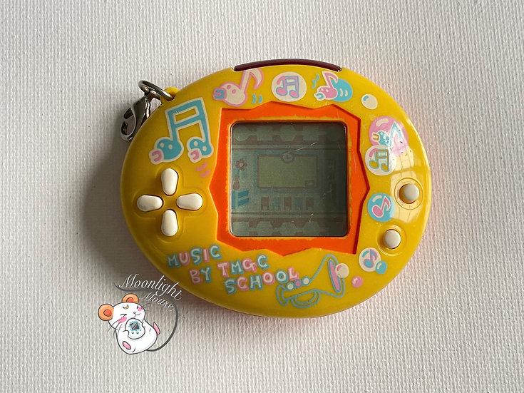 READ DESC Tamagotchi Connection School Orange Music Note TMGC Bandai Japan 2006