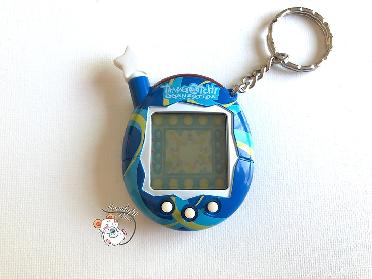 Tamagotchi Connection v4.5 English Blue and White Swirls Shell 2007
