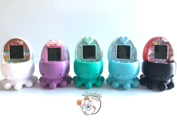Tamagotchi P's iD L M!x Meets On Connection Glow in the Dark Blue + Solid Colors