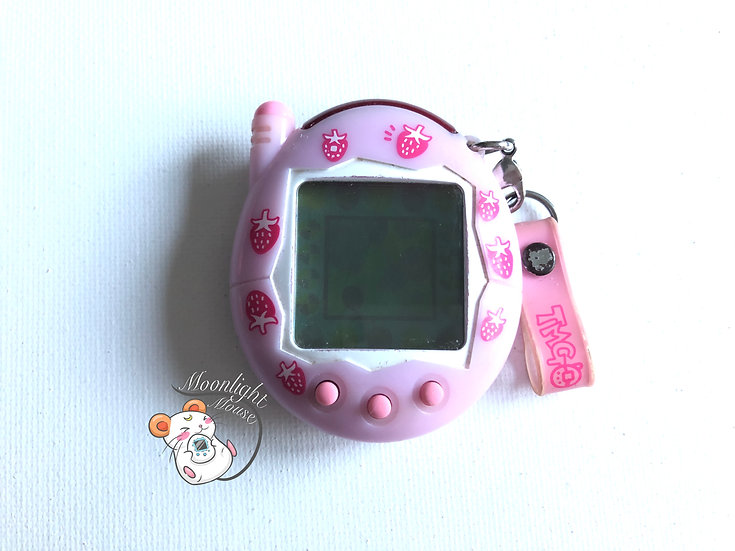 Tamagotchi Connection v3 Keitai Akai Strawberry Milk Ichigo Bandai Japan 2005