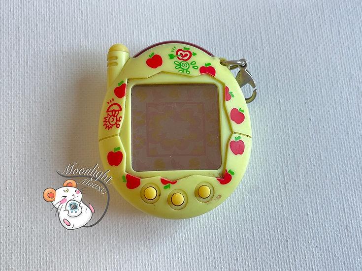 Tamagotchi Connection v3 Keitai Akai Yellow Apple Bandai Japan 2004