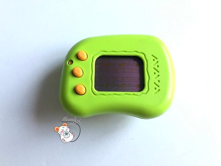 Tamagotchi Hudson Teku Teku Pocket Angel Green Pedometer Virtual Pet 1998