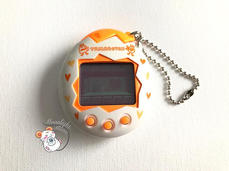 Tamagotchi Original Osutchi Mesutchi Orange Bandai Japan 1998