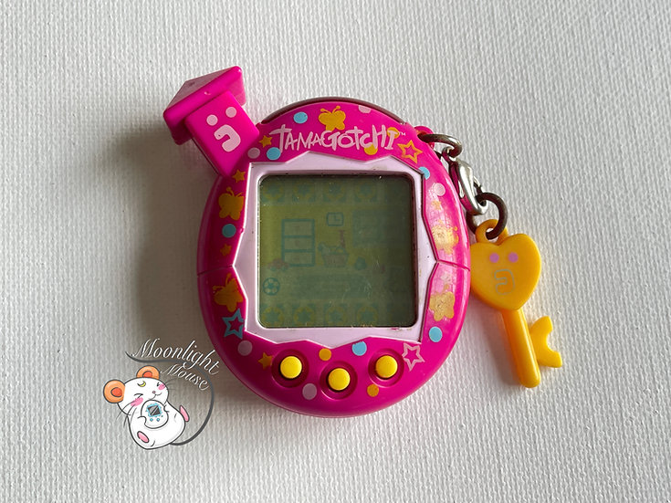 RESERVED: Tamagotchi Connection v5 Familtchi English Pink Butterflies Asia 2008