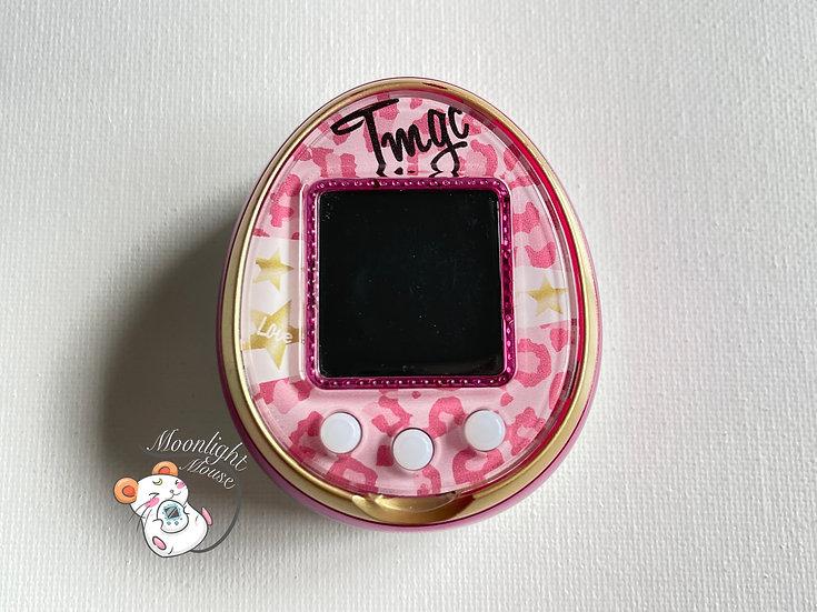 Tamagotchi 4U Pink Leopard English Menu Bandai Japan 2014