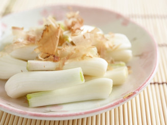 沖縄野菜「島らっきょう」の驚くべき効能とは!?夏に食べるべき島野菜