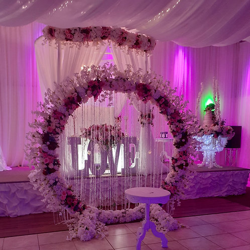 Wedding Flower Arrangement Artificial full circle with ceiling dropping