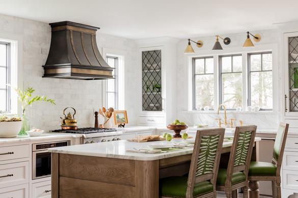 Sacris Design white and green kitchen