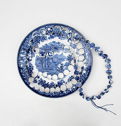 Gesine-Hackenberg-Delft-Necklace.jpg
