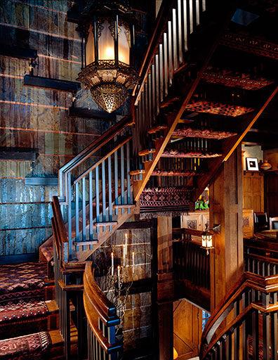 Bijleveld-Botero-Kilim-Stair.jpg