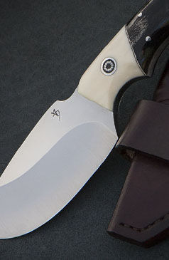 hunting knives.jpg