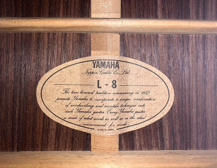 Guitar acoustic Yamaha L8 Made in Japan 1970s .