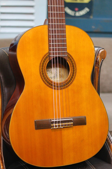 Guitar classic Zen-On Gut No.70 Made in Japan 1970s .