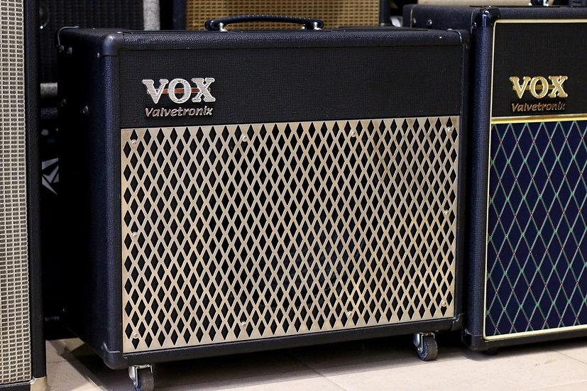 Vox AD50 VT ampli guitar + VFS2 foot switch .
