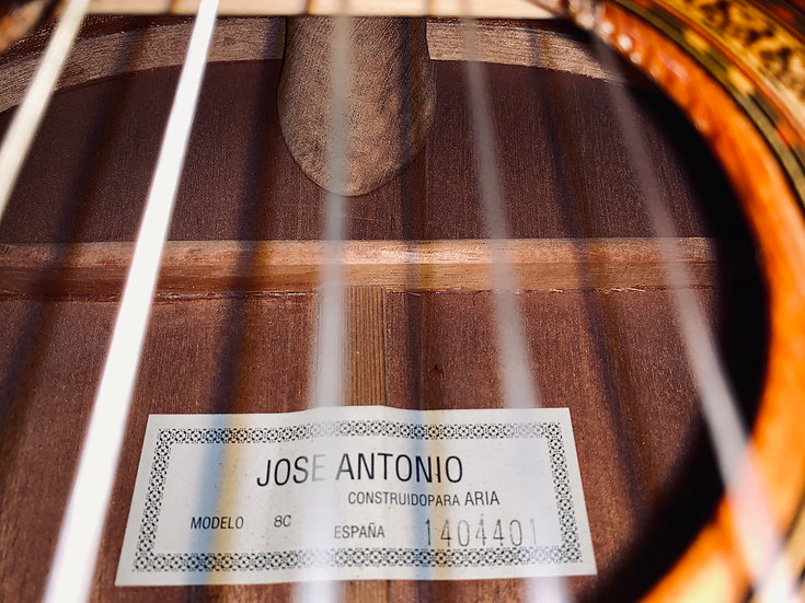 Guitar classic Tây ban nha Jose Antonio 8C.