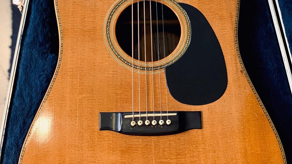 Guitar Yamaki F160 full solid theo Martin D45 1970s.
