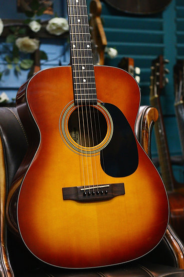 Guitar acoustic AriaDreadnought_AF25TBS top solid.