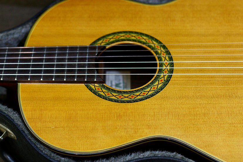 Guitar classic Takamine NO.5  Made in Japan 1990s .