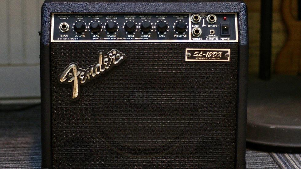 Loa ampli guitar Fender SL15-DX studio lead 15 Deluxe từ năm 90s.