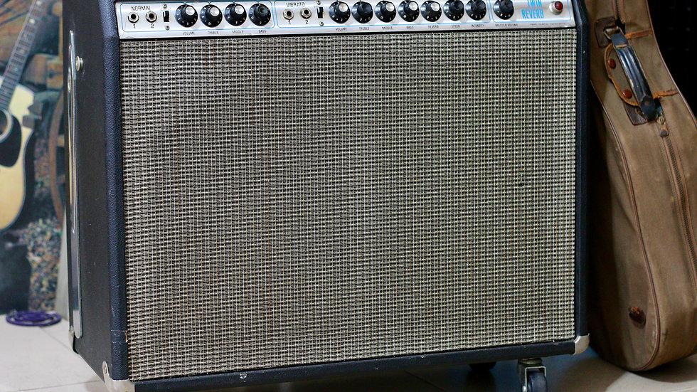 Ampli guitar khủng long con Twin Reverb by Pearl MIJ .
