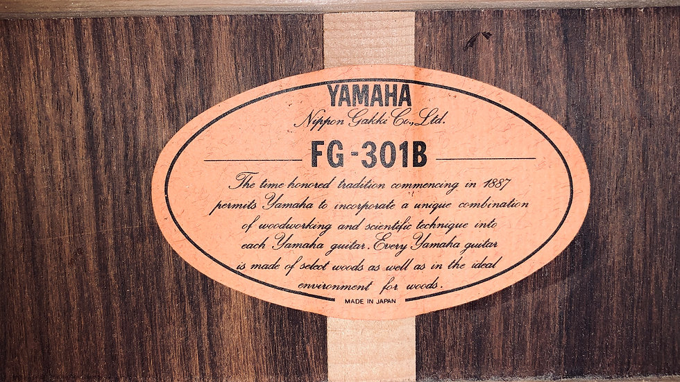 Guitar acoustic Yamaha FG301B made in Japan 1980s.