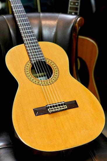 Guitar classic Zen-on 3/4 Junior_TG300J top solid MIJ 1970s .
