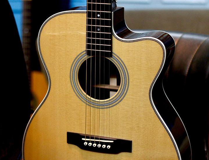 Guitar Martin 000C-28HP Custom Shop Like new .