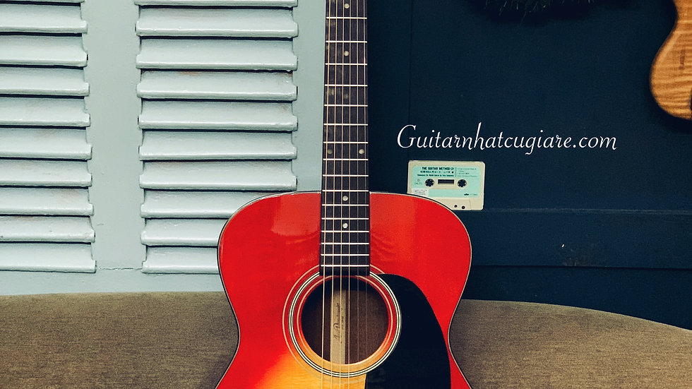 Guitar AriaDreadnought AF-25CS top solid .